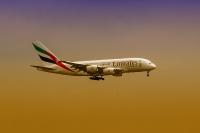 schiphol-emirates-1